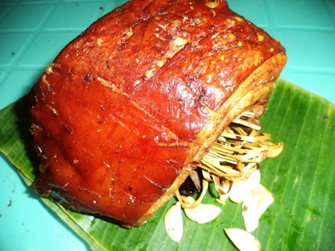 stuffed belly lechon